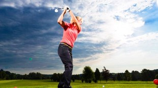5-Business-Reasons-Women-Should-Learn-Golf-MainPhoto